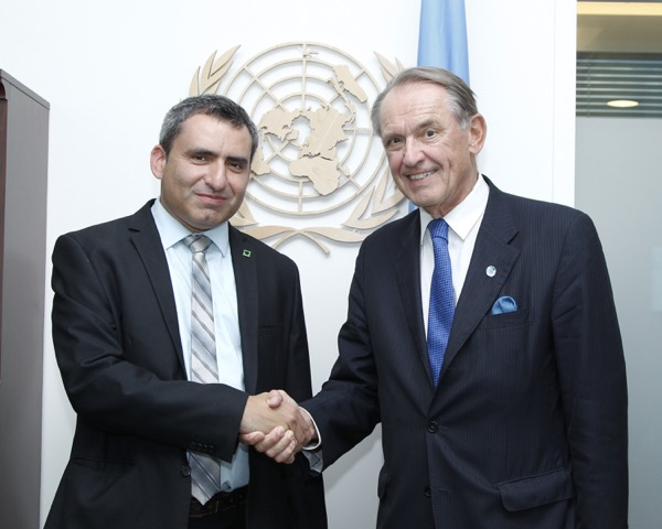 October2013-UNDSG-wDFM-Elkin